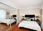 Как оформить интерьер маленькой спальни своими руками?