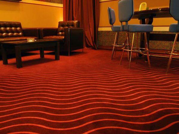 Укладка ковролинового покрытия в барах, ресторанах, кафе