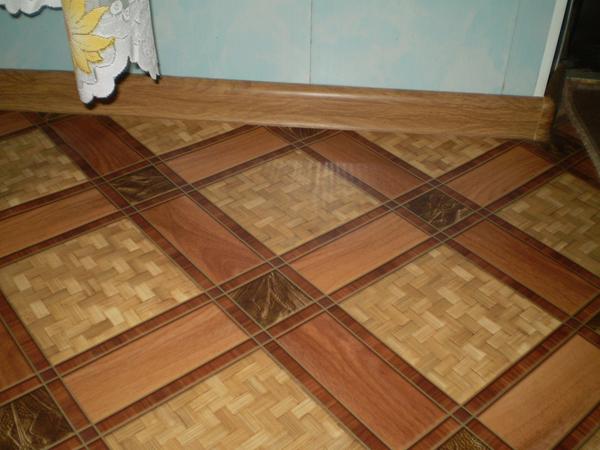 Пример готового уложенного ламината в квартире